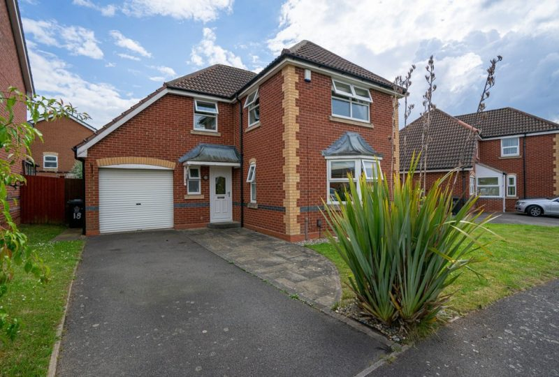 Coltsfoot Road, Hamilton, Leicester